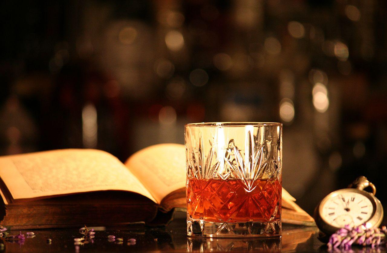 Sazerac Cocktail im Whisky-Tumber, Bild von Marler, CC-Lizenz