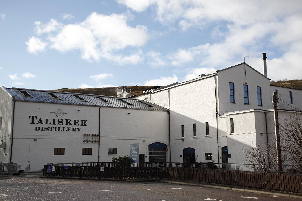 Talisker_distillery