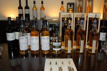 Drei Sherrys und sieben Whiskys standen auf dem Programm der Verkostung, begleitet von ausgezeichnetem Essen, das hervorragend mit den Getränken gepaart war.