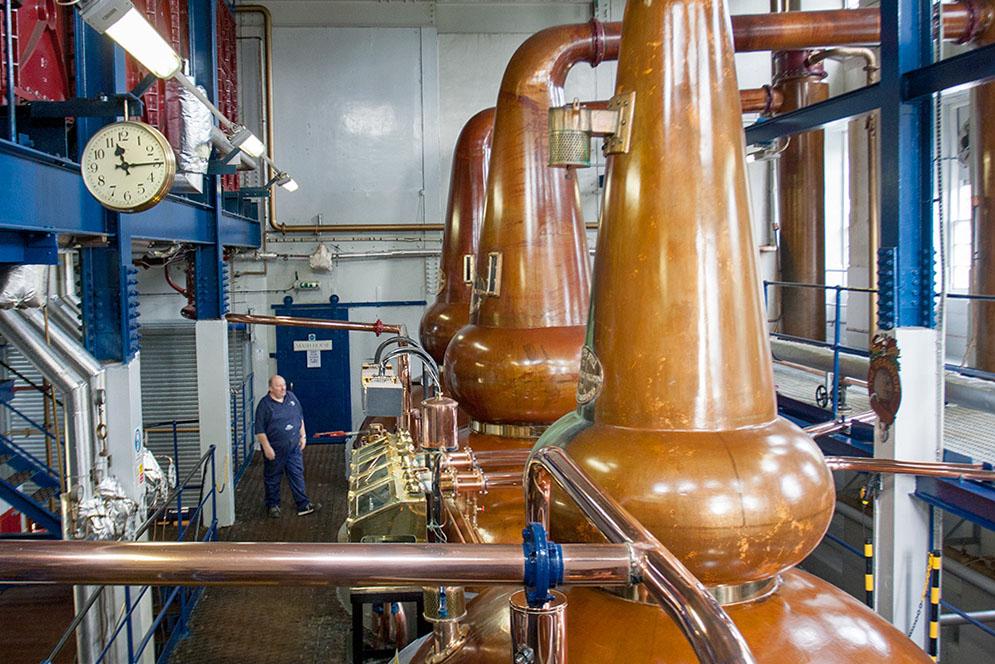 Die Stills der Destillerie Deanston. Copyright Michael Schmidt
