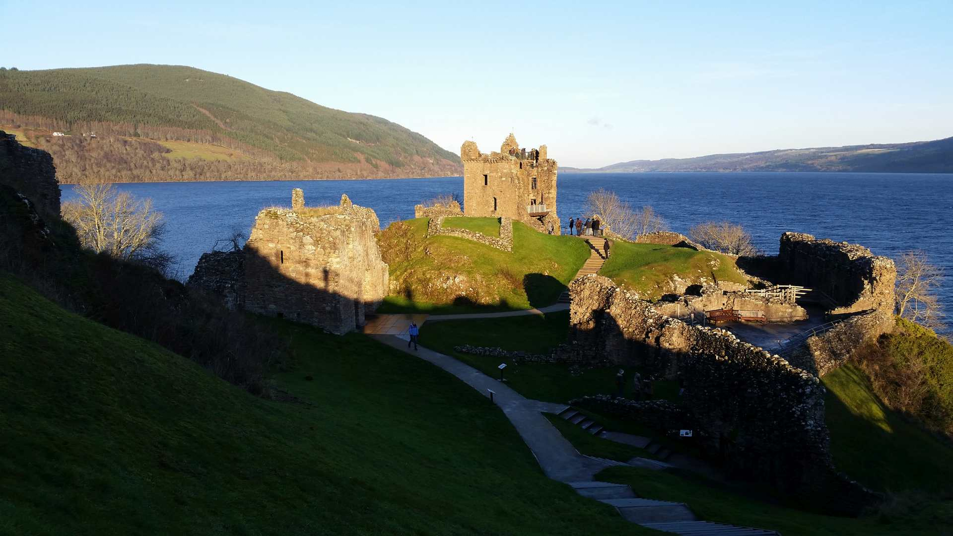 loch ness lesbian dating site Loch ness in the highlands is the stunning backdrop for itv drama, the loch  - dating in later life  investigate loch ness, star of itv drama, the loch.
