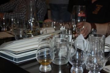Der Arbeitsplatz eines Whiskyexperts-Redakteurs... ;-)