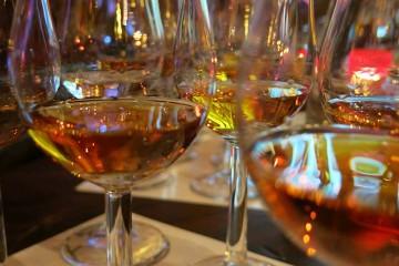 Ein Whiskytasting - der Daily Telegraph sagt, wie man es richtig macht.