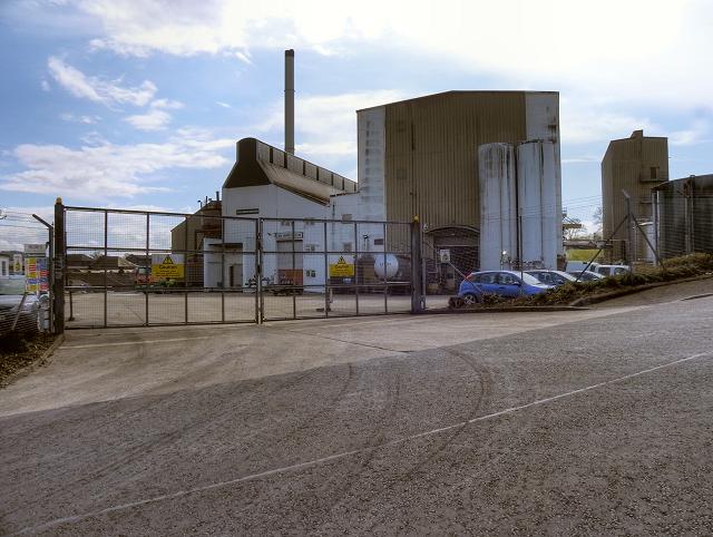 Loch Lomond Destillerie, Foto von David Dixon, CC-Lizenz